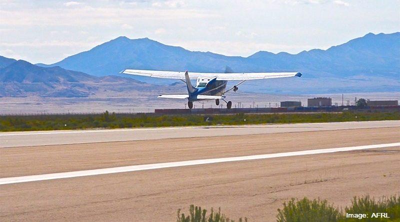 Самолет Cessna