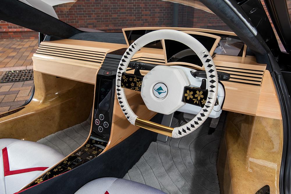 интериор на кола от целулоза