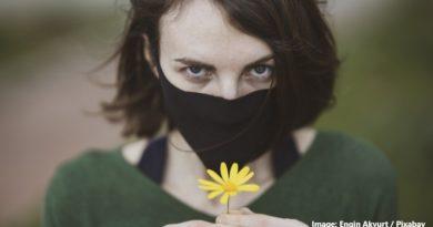 девойка с маска