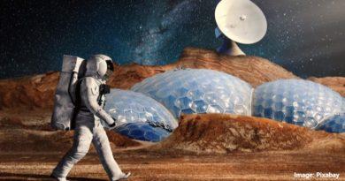 астронавт на Марс