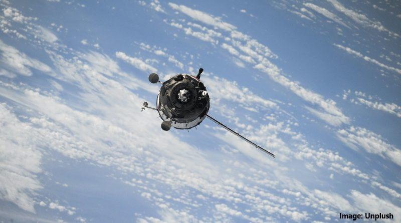 космически спътник